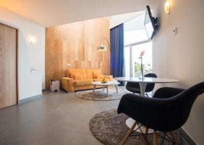 033-Duplex Suite