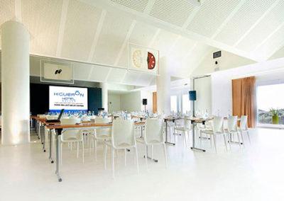075-Meeting Room